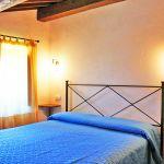 Ferienhaus Toskana TOH765 Schlafraum mit Doppelbett (2)