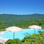 Ferienhaus Toskana TOH765 Sonnenschirme am Pool