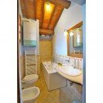 Ferienhaus Toskana TOH850 Bad mit Wanne (2)