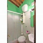 Ferienhaus Toskana TOH850 Badezimmer mit Dusche