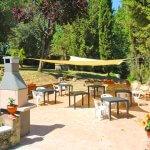Ferienhaus Toskana TOH850 Grillbereich mit Gartenmöbel