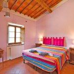 Ferienhaus Toskana TOH850 Schlafraum mit Doppelbett