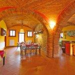 Ferienhaus Toskana TOH850 Wohnbereich mit Gewoelbe