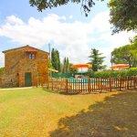 Ferienhaus Toskana TOH850 Zaun um den Pool