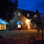 Ferienhaus Toskana TOH860 - Haus bei Nacht