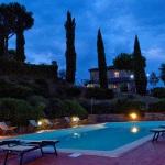 Ferienhaus Toskana TOH860 - Liegestühle am Pool