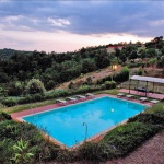 Ferienhaus Toskana TOH860 - Sonnenliegen am Pool