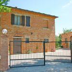 Ferienhaus Toskana TOH500 Einfahrt zum Haus