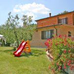 Ferienhaus Toskana TOH500 Garten mit Spielgeräten