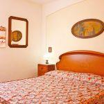 Ferienhaus Toskana TOH500 Schlafzimmer mit Doppelbett