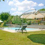 Ferienhaus Toskana TOH500 Sonnenschirme am Pool