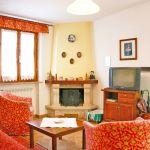 Ferienhaus Toskana TOH500 Wohnraum mit Kamin