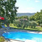 Ferienhaus Toskana TOH510 Sonnenschirm am Pool