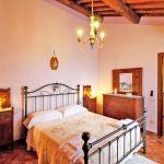Ferienhaus Toskana TOH515 Schlafraum mit Doppelbett