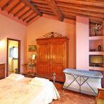 Ferienhaus Toskana TOH515 Schlafzimmer mit Doppelbett