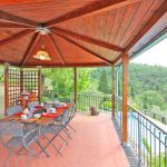 Ferienhaus Toskana TOH520 Esstisch auf der Terrasse