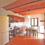 Ferienhaus Toskana TOH520 Küche mit Tisch