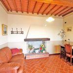 Ferienhaus Toskana TOH520 Raum mit Sofa