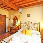 Ferienhaus Toskana TOH520 Schlafraum mit Doppelbett