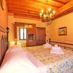 Ferienhaus Toskana TOH520 Schlafzimmer mit Doppelbett
