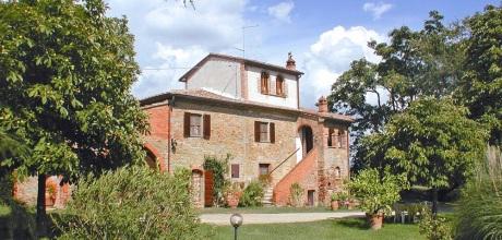 Ferienhaus Toskana Marciano della Chiana 570 für 12 Personen mit Pool, Wohnfläche 260qm. Wechseltag Samstag, Nebensaison flexibel auf Anfrage. 2017 jetzt buchen!