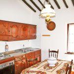 Ferienhaus Toskana TOH570 Küche mit Tisch