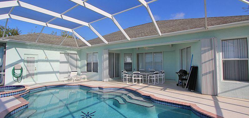 Ferienhaus Florida FVE46225 - Glasdach über dem Poolbereich