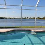 Ferienhaus Florida FVE46225 Schwimmbecken mit Ausblick aufs Wasser