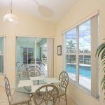 Ferienhaus Florida FVE46225 kleiner Esstisch