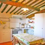 Ferienhaus Toskana TOH400 Küche mit Tisch