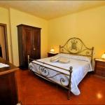 Ferienhaus Toskana TOH420 - Schlafzimmer mit Doppelbett