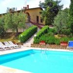 Ferienhaus Toskana TOH421 - Liegestühle am Pool