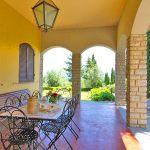 Ferienhaus Toskana TOH422 überdachte Terrasse