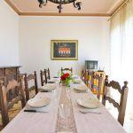 Ferienhaus Toskana TOH422 Esstisch mit Kommode