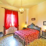 Ferienhaus Toskana TOH422 Schlafzimmer mit Doppelbett