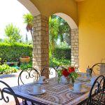 Ferienhaus Toskana TOH422 Terrasse mit Esstisch