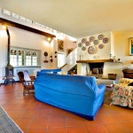 Ferienhaus Toskana TOH440 - Wohnraum mit Kamin