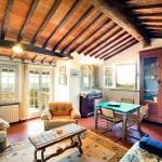 Ferienhaus Toskana TOH440 - Wohnraum mit Sesseln