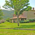 Ferienhaus Toskana TOH445 Garten mit Rasen
