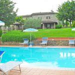 Ferienhaus Toskana TOH445 Pool mit Sonnenliegen