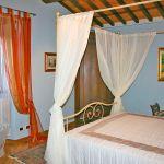 Ferienhaus Toskana TOH445 Schlafzimmer mit Doppelbett