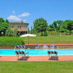 Ferienhaus Toskana TOH445 Sonnenliegen am Pool