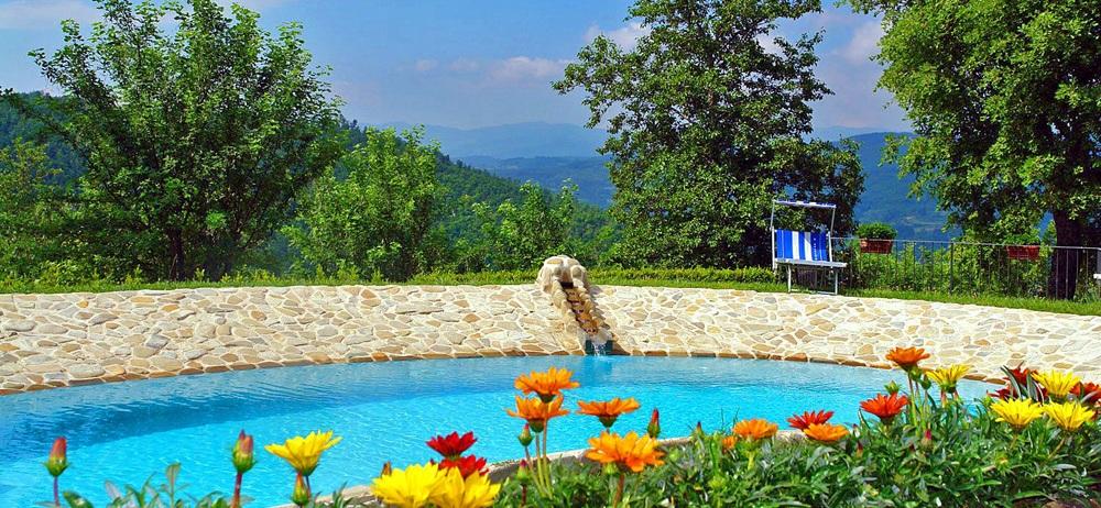 Toskana Ferienhaus TOH317 - Schwimmbecken im Garten