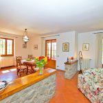 Ferienhaus Toskana TOH317 Wohnebene mit Essbereich