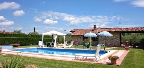 Ferienhaus Castiglione del Lago 325 mit Pool am Lago Trasimeno, Wohnfläche 100qm. Wechseltag flexibel auf Anfrage – Mindestmietzeit 1 Woche.