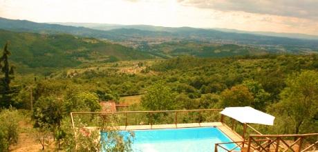 Ferienhaus Toskana Arezzo 335 mit Pool und herrlichem Panoramablick, Wohnfläche 180qm. Wechseltag Samstag, Nebensaison flexibel auf Anfrage. 2017 jetzt buchen!