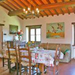 Ferienhaus Toskana TOH345 Wohnraum mit Esstisch