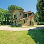 Ferienhaus Toskana TOH365 - Garten mit Blick auf das Haus