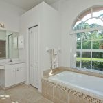 Villa Florida FVE41780 Master-Badezimmer