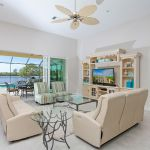 Villa Florida FVE42031 Wohnbereich mit Zugang zur Terrasse